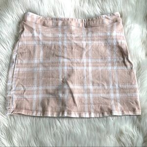 Forever 21 pink & white plaid mini skirt size m